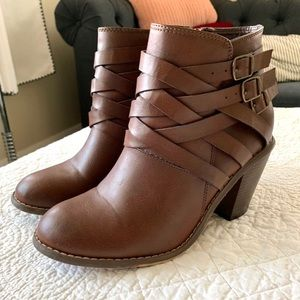 🆕 Listing! Brown Strap Ankle Boots